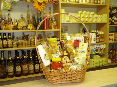 Darčekový kôš z včelích produktov