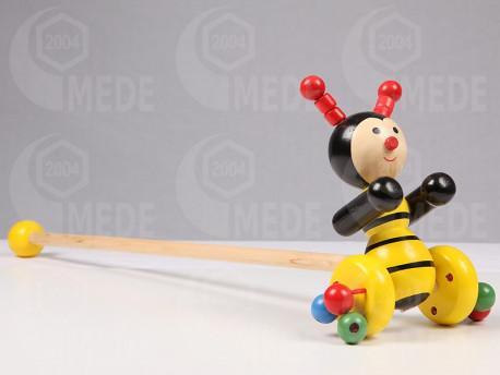 Včela na paličke