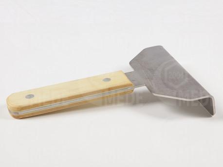 Nôž na čisternie rámikov