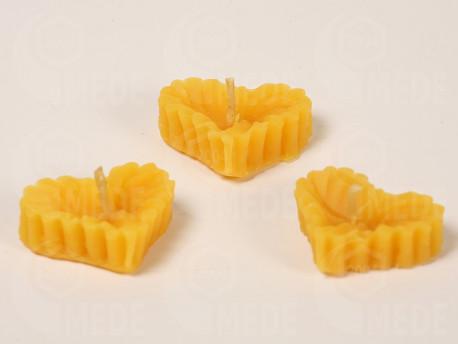 Plávajúce sviečky srdiečka z včelieho vosku