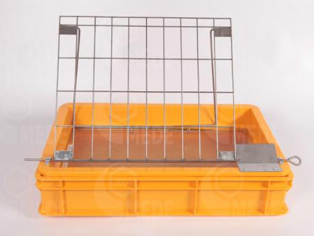 Fedelező tálca műanyag, inox állvány